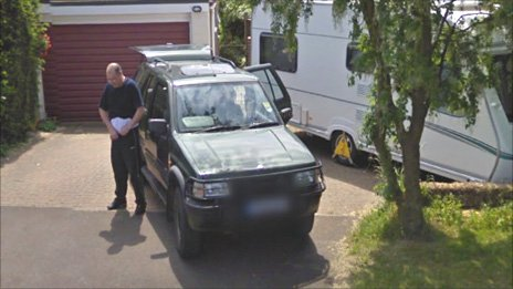 Google street view carvan suspected thief